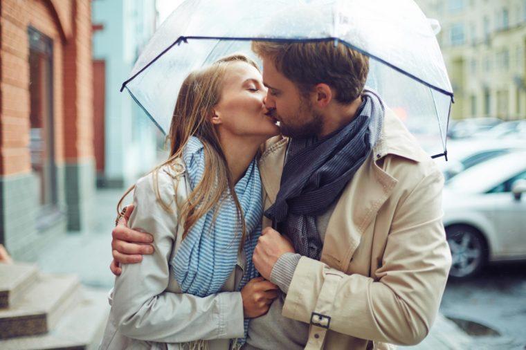 kissing psychology
