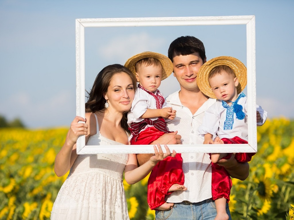 contemporary-ukrainian-family