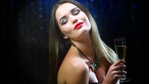 найти девушку в Харькове